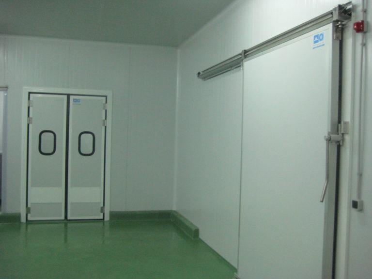 Cámara frigorífica energéticamente eficiente diseñada e instalada por JL Refrigeracion