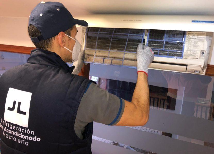 JL REFRIGERACION mantenimiento de aire acondicionado ASTURIAS OVIEDO GIJJÓN AVILES AIRE ACONDICIONADO CLIMATIZACION VENTILACIÓN MANTENIMENTO INSTALACIÓN