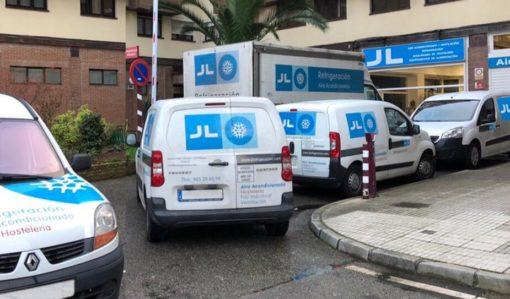 JL Refrigeracion Flota de vehículos para atención de clientes